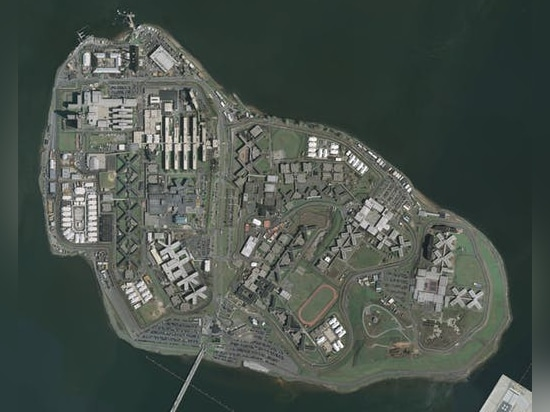 Aerial photo of Rikers Island in New York City