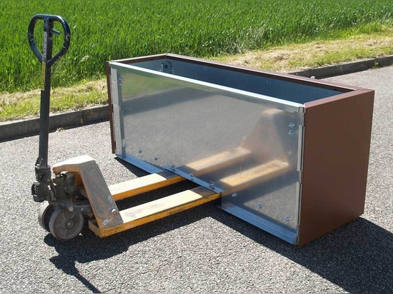 STEELAB SPA Metal sheet planters - Handle with pallet truck