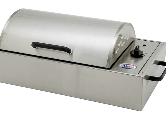 Kenyon's Electric Revolution Grill Serves Up the Power of Portability