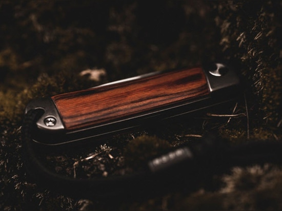 Wesn Channels Pocket Knives From the 1800s for the Henry