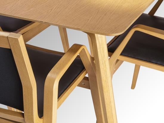 Milonga tabletop close-up