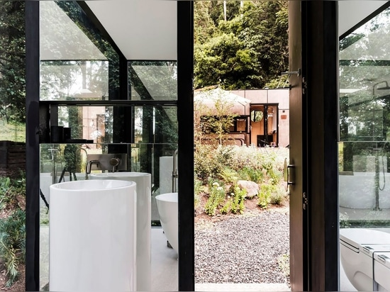 The Bathroom in The Bush – Kangaroo Valley Outhouse by Madeleine Blanchfield Architects