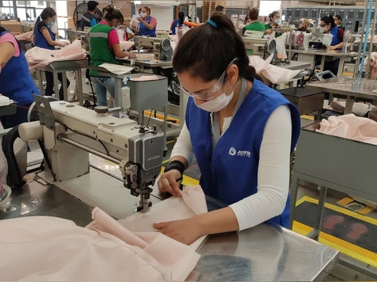 Ford is using airbag material to make hospital gowns for COVID-19 responders