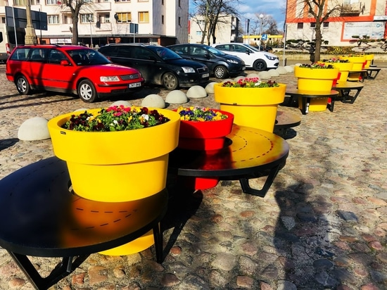public space benches wave terracity