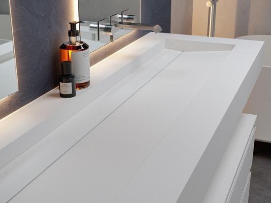 Alabama Plus Corian® Glacier White Washbasin