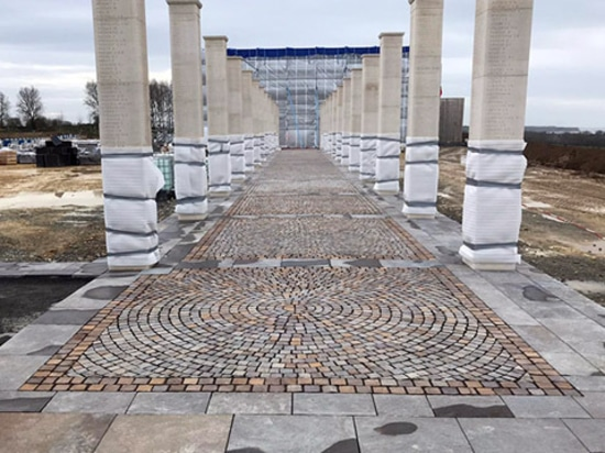 """Trentino porphyry from Odorizzi, at the """"British Normandy Memorial"""""""