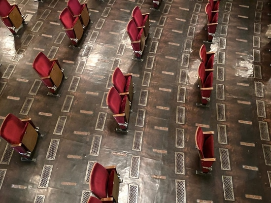 Berliner Ensemble gives glimpse of its socially distanced theatre