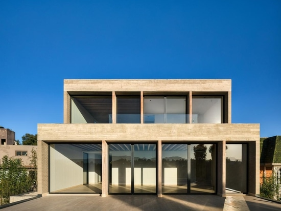 Mexican architect Manuel Cervantes has made his dream of creating his own live/work space come true with Casa Estudio
