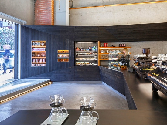 Design firm jones | haydu designed the interior of a small cafe in downtown San Francisco while simultaneously revitalizing the stretch of sidewalk in front of it. The area, which has been neglecte...