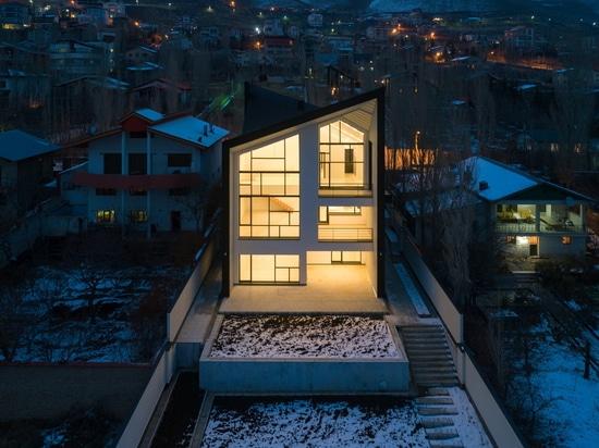 ChaharGah House / BonnArq Architects