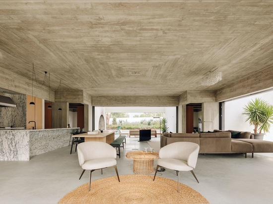 Casa Meco: Concrete Geometry In A Holiday Home
