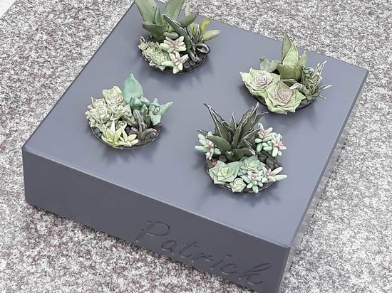 Durable and personalized flower pots to decorate graves