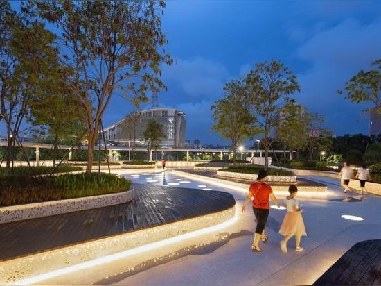 Floating Archipelago, Pedestrian Bridge Design / FCHA
