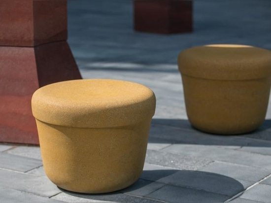 Hozan Zangana's socially-distant seating is inspired by mirages