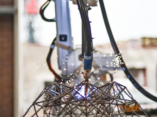 3D printed steel bridge by Hejimans and MX3D