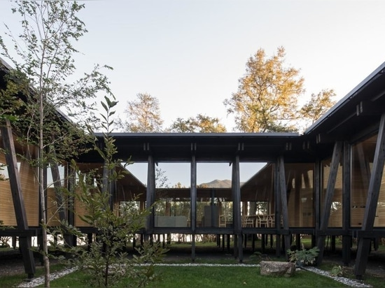 A family retreat in Chile is made entirely of wood