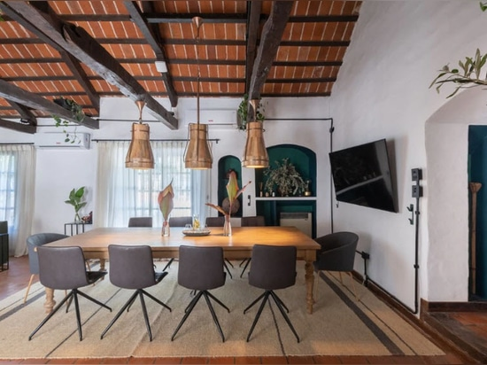 An office disguised as a home in Cordoba