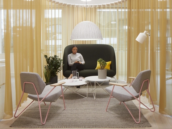 """Buckley Gray Yeoman gives Panagram office in London a """"retro-pop aesthetic"""""""