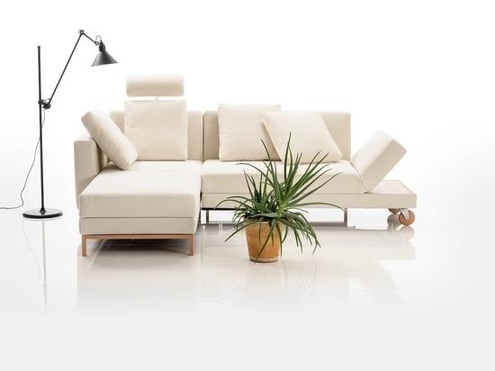 The Four-Two sofa by Roland Meyer-Brühl for Brühl.