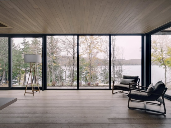 Alain Carle takes cues from the landscape to design a lakeside house in Quebec