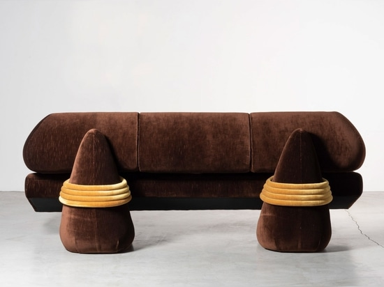 The pieces are upholstered in vintage cotton from the 1980s