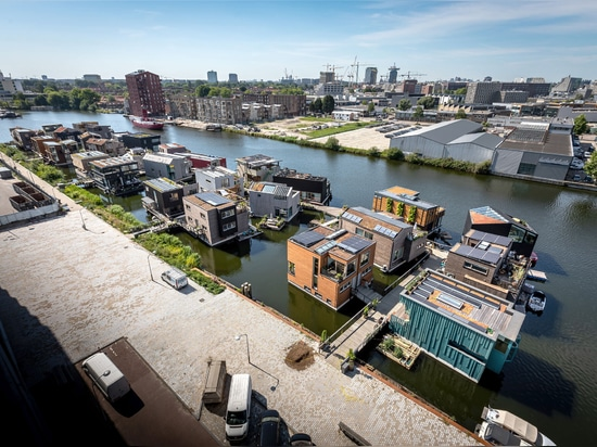 Taking Advantage of Rising Sea Levels: Schoonschip, a Circular Smart Community that Floats