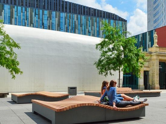Flexible layout for courtyard at Leipzig University