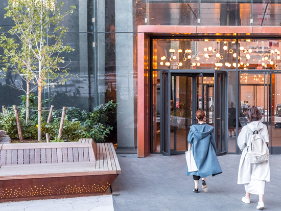 Streetlife's Solid Edge + at the American Copper Buildings