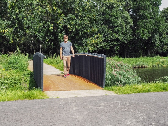 From landfill site to green public space