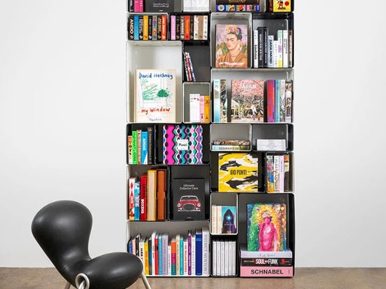 modularity allows the quobus bookshelf to adapt to any space and personality