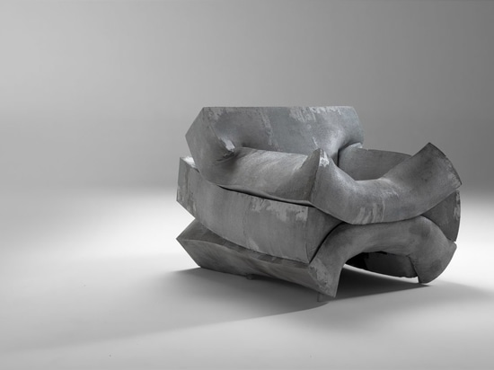 MASS PRESSURE chair.