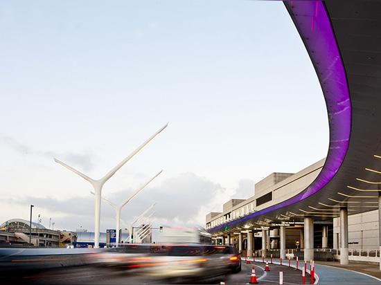 HLB lighting design updates LAX arrivals/departures depot