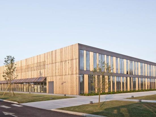 Barthélémy - griño architects completes berluti factory in ferrara