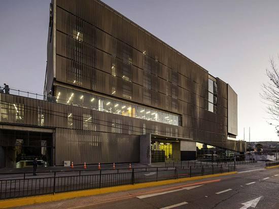 Schmidt Arquitectos Asociados, Andrés Bello University Regional Headquarters, Viña del Mar, Chile