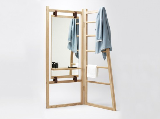 LE VALET BY LA FONCTION IS FOLDABLE, FUNCTIONAL AND FABULOUS