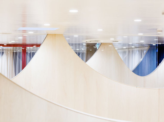 blurred views, dispersion of light are elements that contribute to the use of the distinctive walls