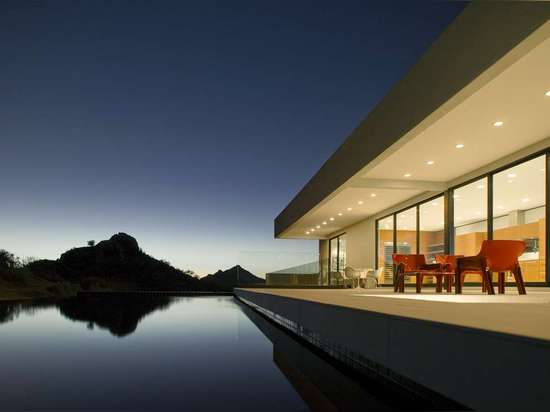 Bradley Residence by 180 degrees inc and Michael P. Johnson Design Studio, Scottsdale, Ariz., United States