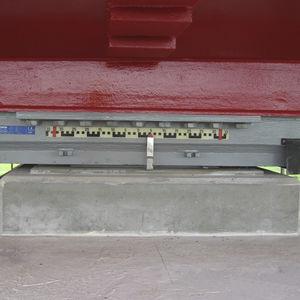 構造支え器具