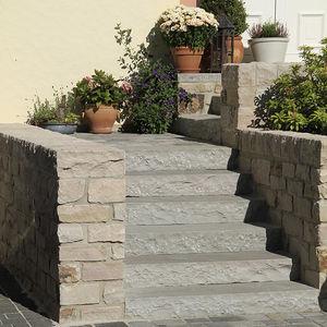 天然石製段 / 砂岩製 / 滑り防止