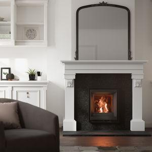 薪挿入式暖炉