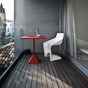 コンテンポラリービストロ用テーブル / 鋳鉄 / 鉄製 / 正方形