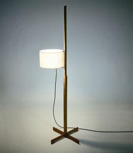 フロアスタンド型ライト