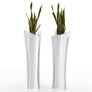 コンテンポラリー花瓶