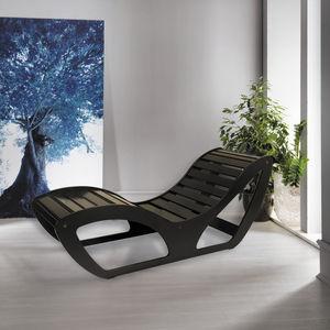 コンテンポラリー長椅子