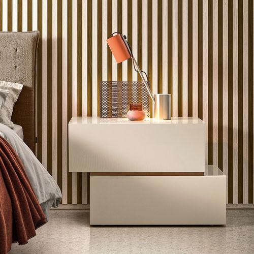 コンテンポラリーベッドテーブル / 漆木材 / 長方形 / 引き出し付き
