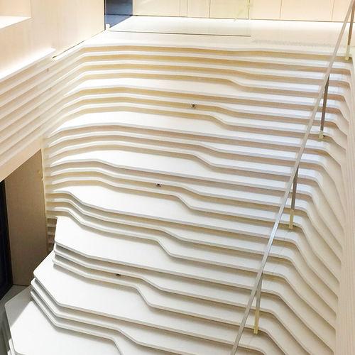 ストレート階段 / コンクリート製構造 / コンクリート / 蹴込み無し