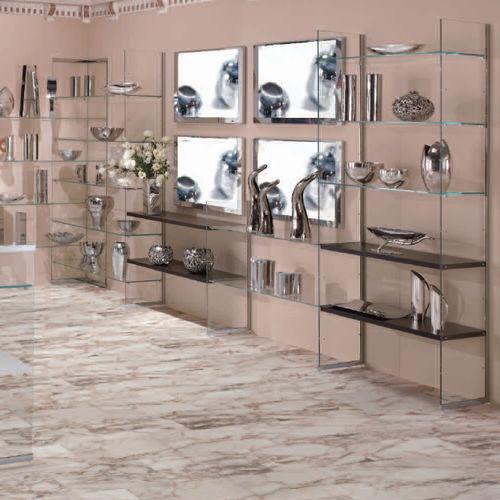 壁掛け式展示用ラック / 木製 / ガラス製 / 業務用
