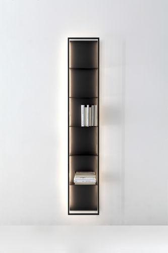 壁取り付け式本棚 / コンテンポラリー / 金属製 / 埋込照明