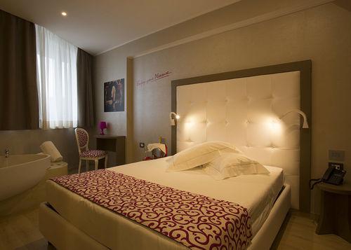 コンテンポラリーホテルルーム用家具
