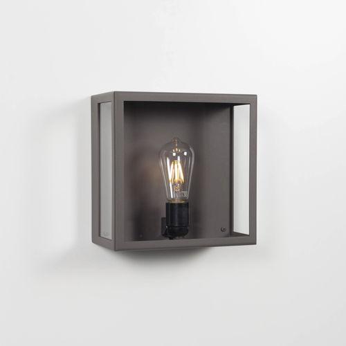 伝統的なデザイン壁面ライト